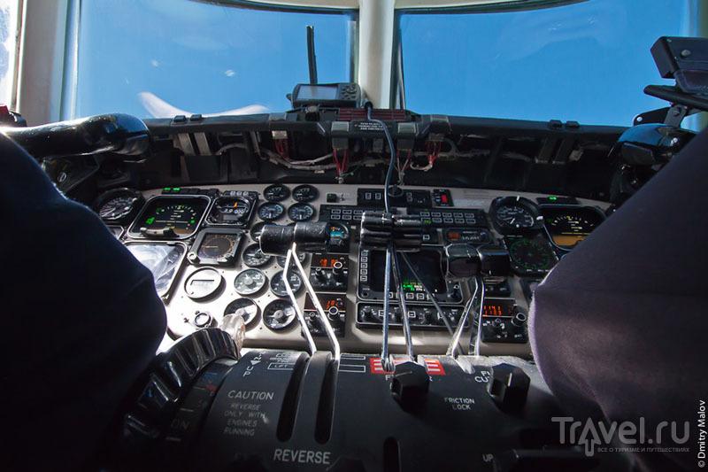 Приборы в кабине пилотов / Фото из Антарктики