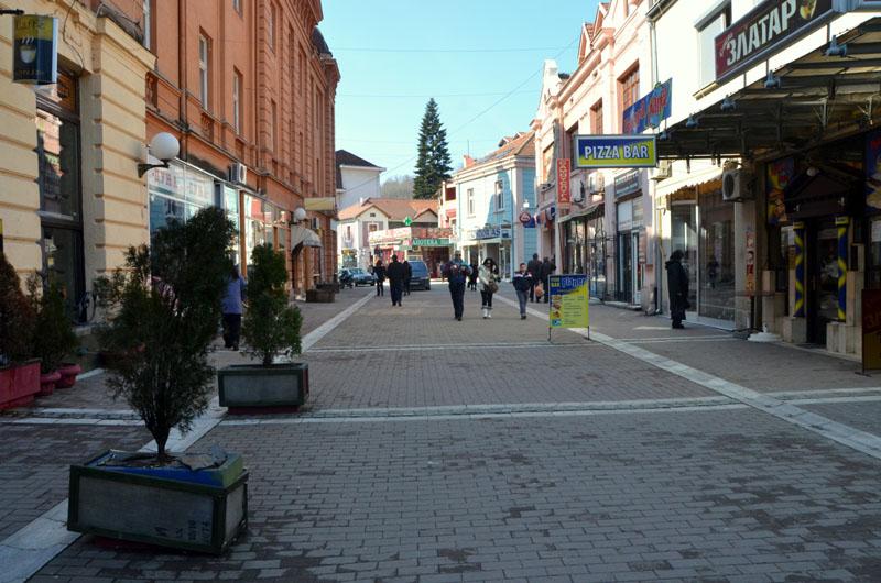Старинные особняки на улице города Врнячка-Баня, Сербия / Фото из Сербии