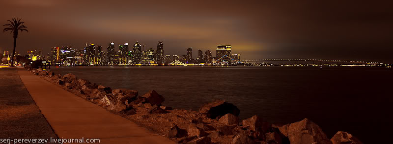 Вид на мост в Коронадо вечером / Фото из США