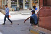 Это гастарбайтеры / Бахрейн