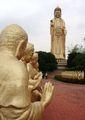 Вокруг статуй / Тайвань
