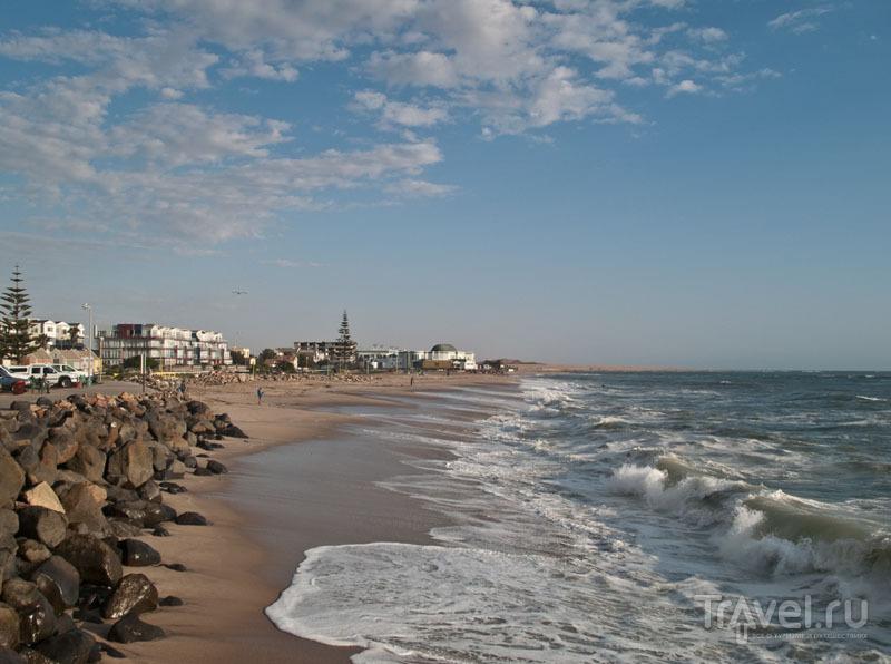 Океан и пляж в Свакопмунде / Фото из Намибии