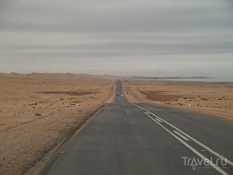 Пустыня Намиб и Атлантический океан / Фото из Намибии