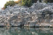 Вода в озере / Черногория