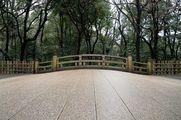 Мостик через ручей / Япония