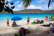 Лежаки и зонтики / Виргинские острова (США)