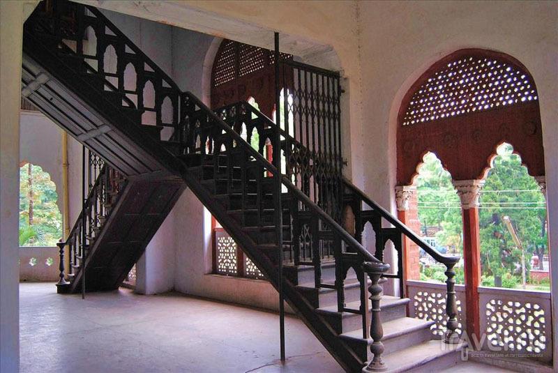 Интерьеры Государственного университета Дакки / Фото из Бангладеш