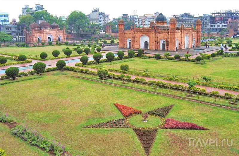 Вид крепости Лалбах в Дакке / Фото из Бангладеш