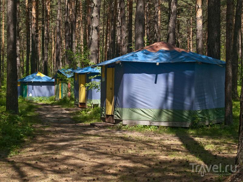 """Палатки в туркомплексе """"Манжерок"""" / Фото из России"""