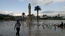 Площадь Конак утром / Турция