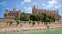Замок Алмудаина / Испания