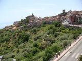 Город на холме / Италия