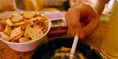 Курение в барах возможно при соблюдении ряда условий. // badische-zeitung.de