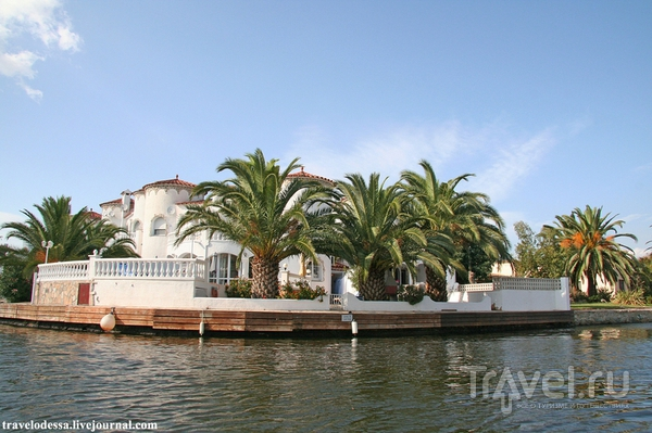 Эмпуриабрава. Каталонская Венеция и самый большой яхтклуб / Испания
