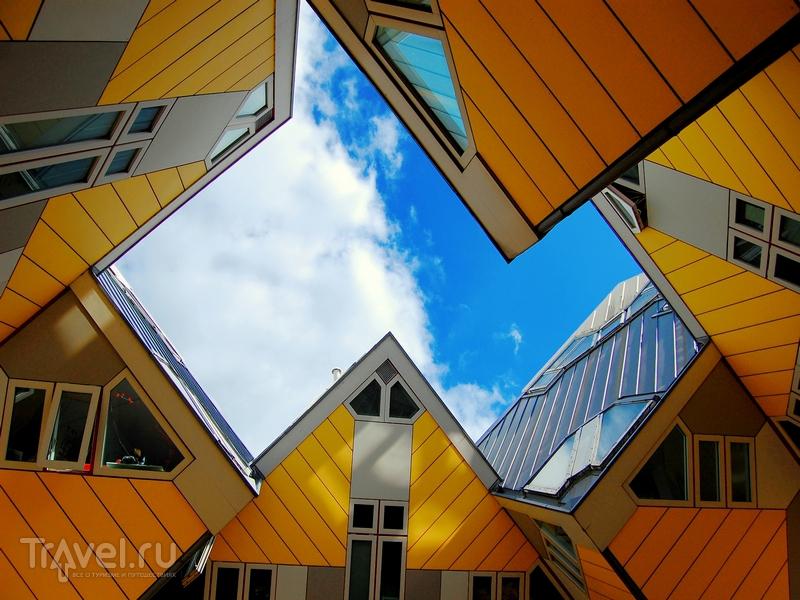 Геометрически сложные дома-кубы в Роттердаме / Нидерланды