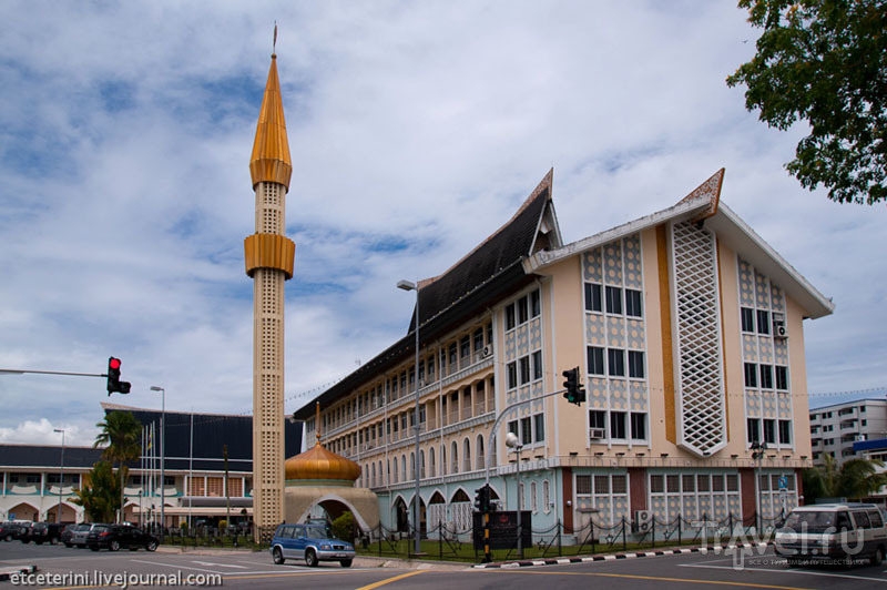 В столице Брунея городе Бандар-Сери-Бегаван / Фото из Брунея
