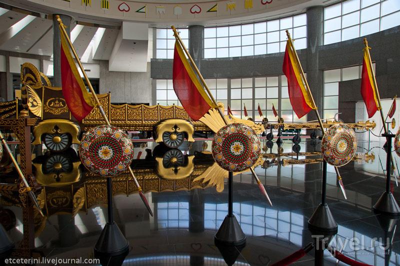 Пики в Музее королевских регалий Бандар-Сери-Бегавана, Бруней / Фото из Брунея