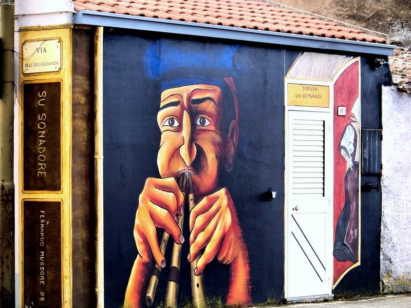 Стенная живопись в местечке Тиннура / Италия
