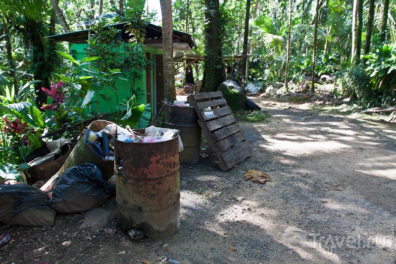 Парковка на острове Понпеи, Микронезия / Фото из Микронезии