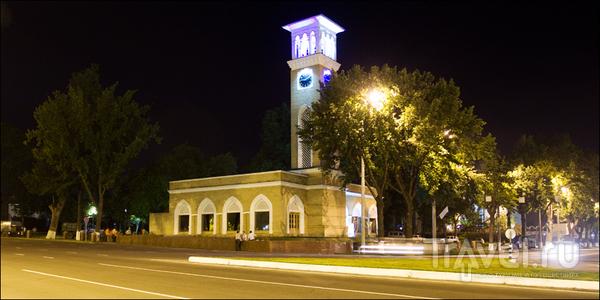 Башня с часами / Узбекистан