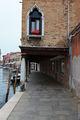Окно над каналом / Италия