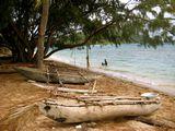 Лодки на берегу / Вануату