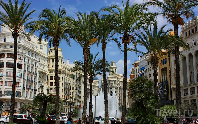 Фонтан в Испании / Фото из Испании