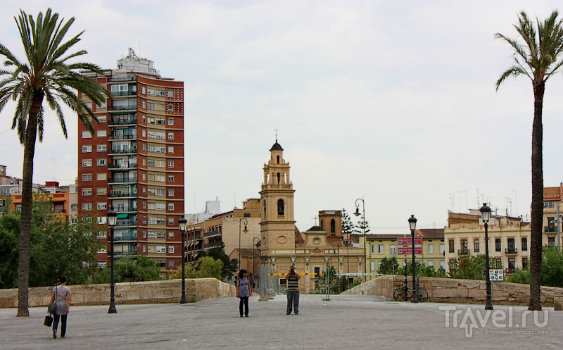 Площадь в Валенсии, Испания / Фото из Испании