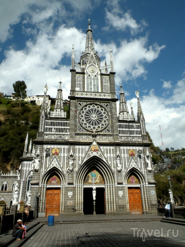 Неоготический собор Лас-Лахас на юге Колумбии / Колумбия