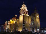 Главная церковь города / Мексика