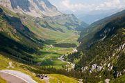 В предгорьях / Швейцария