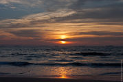Закат над пляжем / Индия