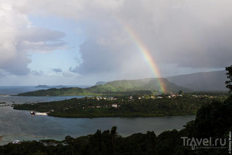 Радуга в городе Колониа, Микронезия / Фото из Микронезии