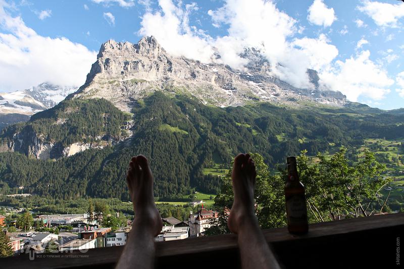 Вид из гостиницы / Швейцария