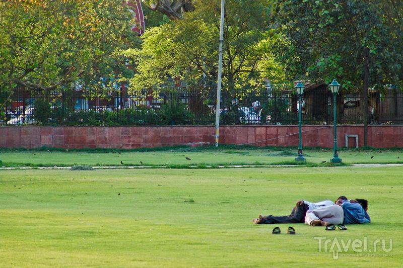 Отдых на траве / Индия