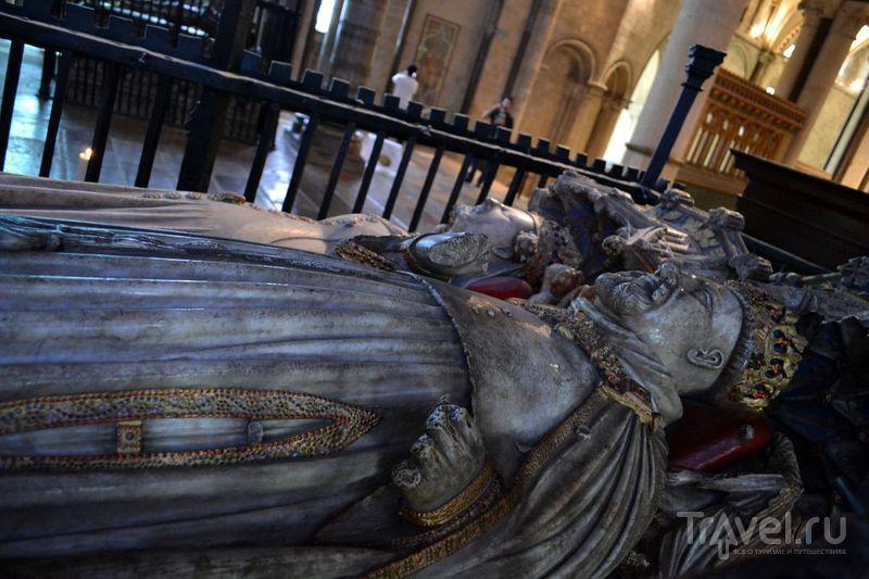 Захоронение Генриха IV / Великобритания