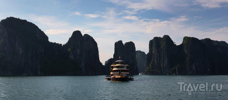 Экскурсия на кораблике / Вьетнам