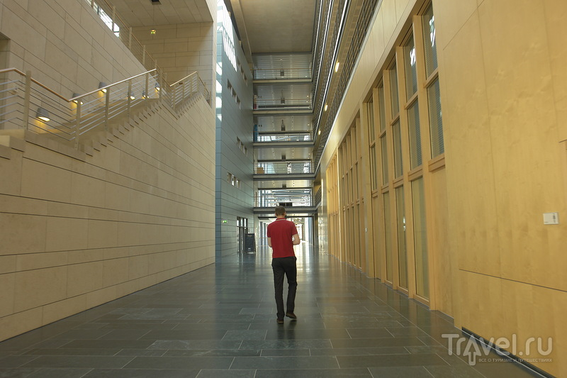 Ширина и высота коридора / Германия