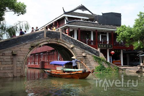 Под мостом / Китай