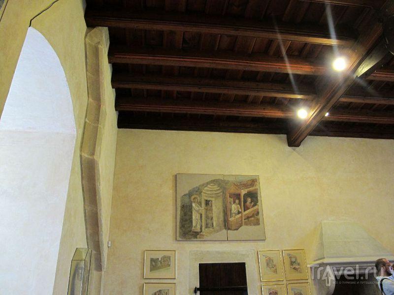 Восстановленные фрагменты фресок / Чехия