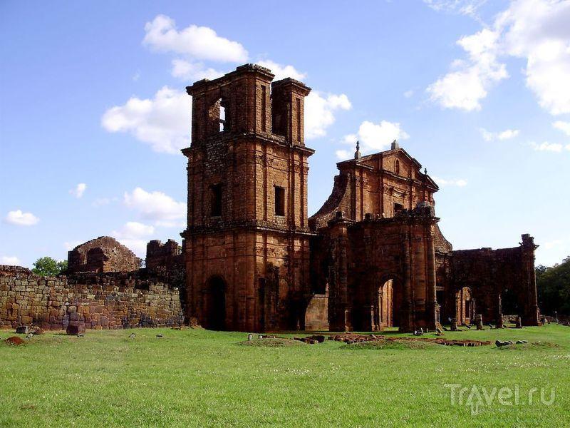 Еще один взгляд на церковь / Аргентина