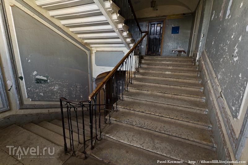 Лестница дома-интерната / Россия