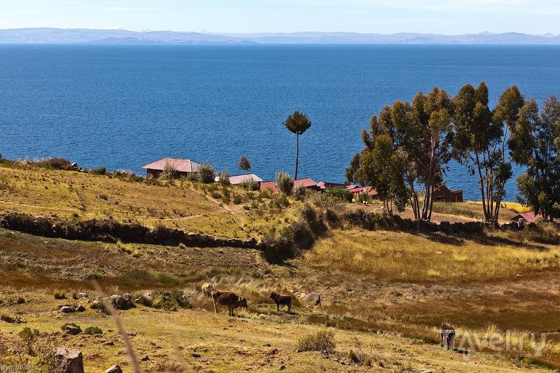 Вид на озеро / Перу