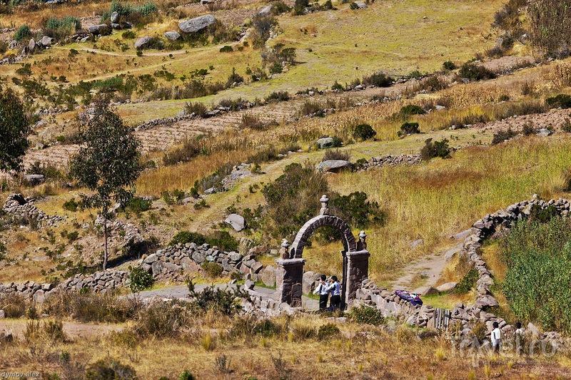 Каменные ворота / Перу