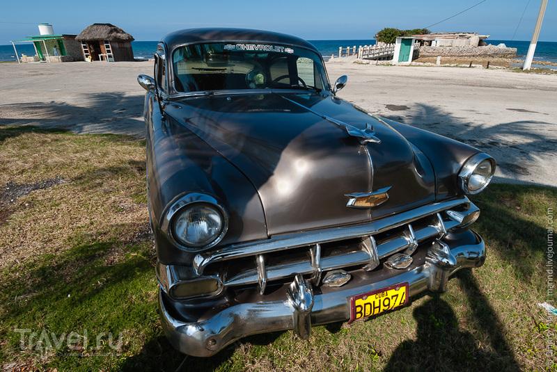 Старый Chevrolet в Варадеро / Куба