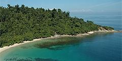 Отель расположен на острове Гайя. // gayaislandresort.com