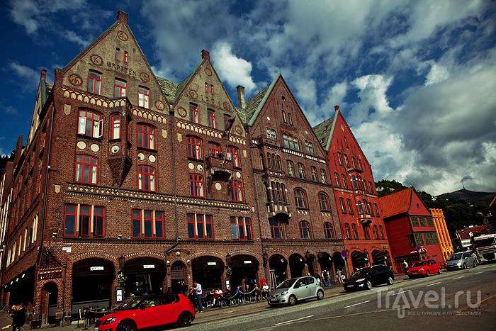 Внизу магазины, вверху офисы / Норвегия