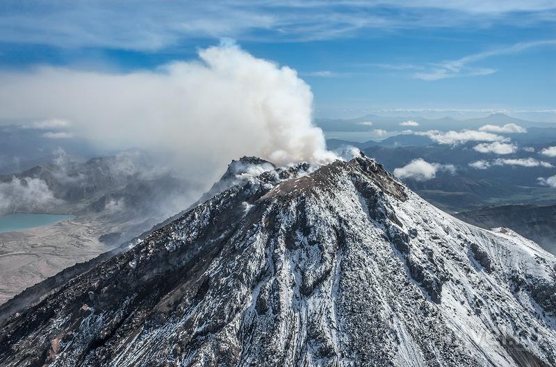Вулканы центральной Камчатки / Россия