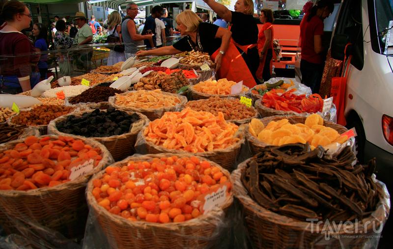 Рынок на озере Гарда / Италия