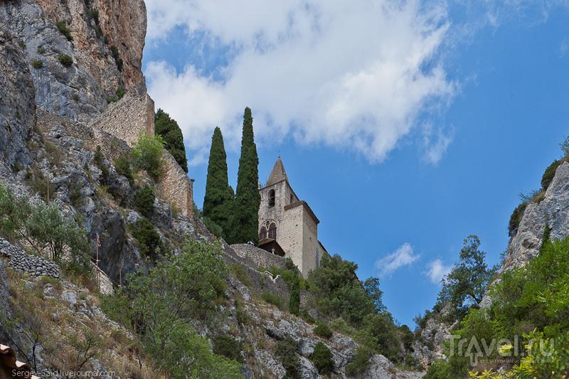 Мустье-Сан-Мари / Фото из Франции